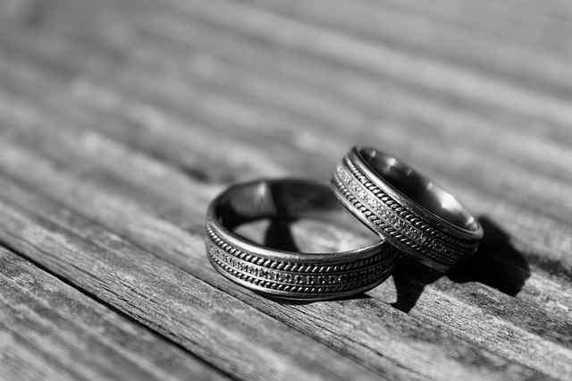 Mengapa Takut Menikah?