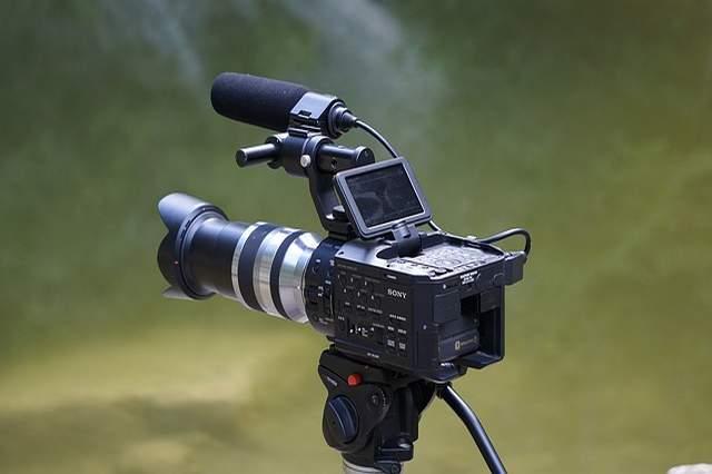 Apa Hulkum Menggunakan Video Untuk Berdakwah Di Medsos?