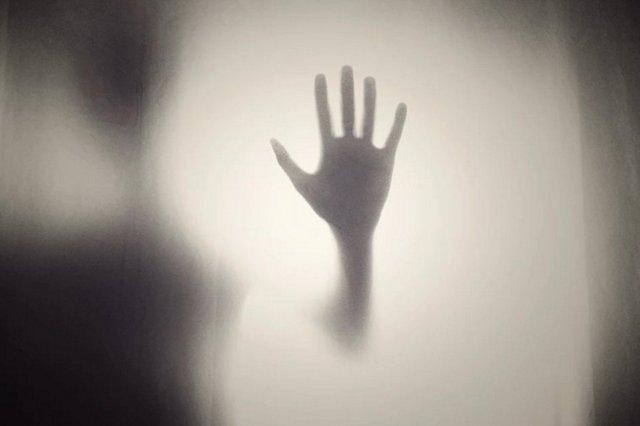 Apa Benar Roh Gentayangan Jadi Hantu?