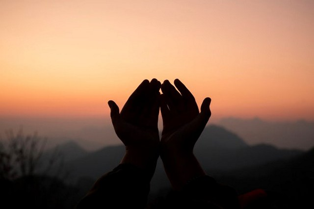 Ada Apa Dengan Shalawat Fatih?