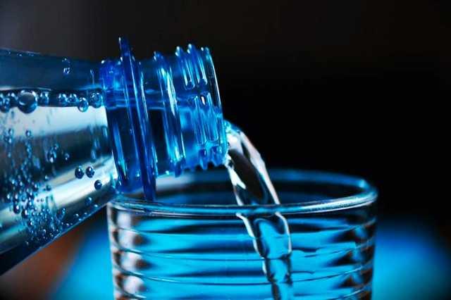 Apa Boleh Sahur Hanya Minum Air Saja?